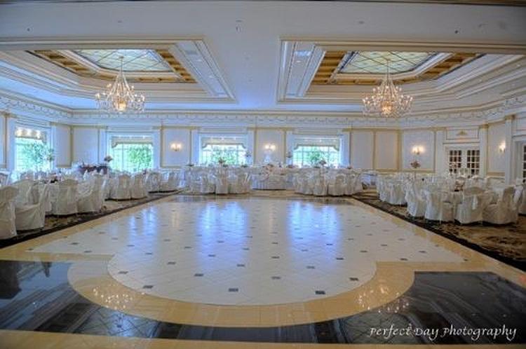 ballroom3-76352b87dae13442