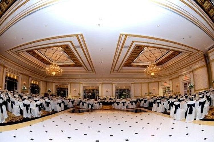ballroom4-75052b87daf0af2e